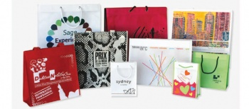 Catálogos de bolsas papel, tela (no tejido), de algodón, guardatrajes y otros productos no tejido